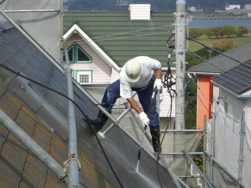 屋根の水洗い写真