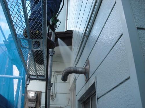 外壁高圧洗浄の写真